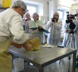 LFi-Käse-Kurse in der HandKäserei Georg Wimmer